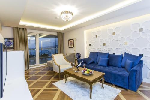 Izmir Palas Hotel, Izmir