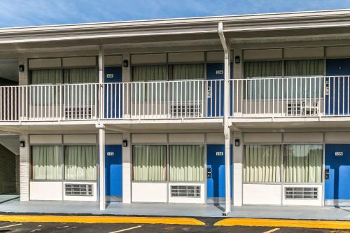 Motel 6 Somerset KY Photo