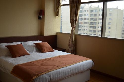 Hotel 198 Photo
