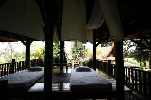 Ayutthaya retreat photo 23