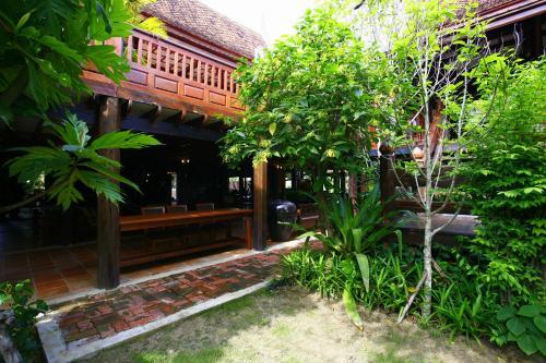 Ayutthaya retreat photo 26