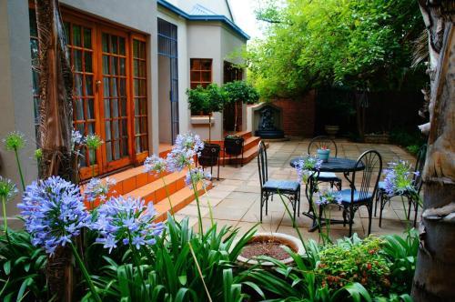 Cecil John Rhodes Guest House Photo