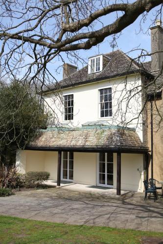 56 London Street, Faringdon, Oxfordshire, SN7 7AA, England.