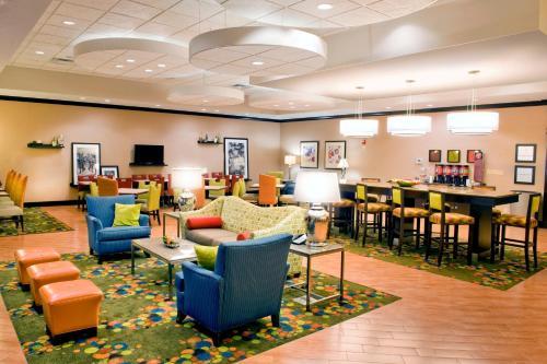 Hampton Inn Evansville Airport - Evansville, IN 47711