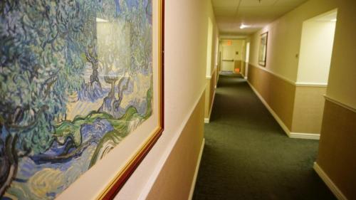 Baymont Inn & Suites Wichita Photo