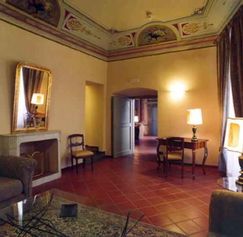 Hotel Palazzo Bocci - 16 of 53