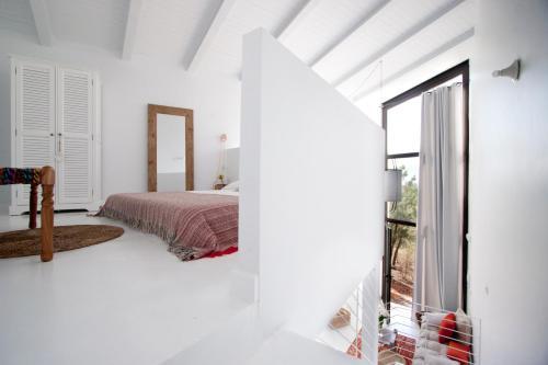 Estudio Deluxe con cama grande - Uso individual Akassa Alojamientos Bioclimaticos en las Hurdes 14
