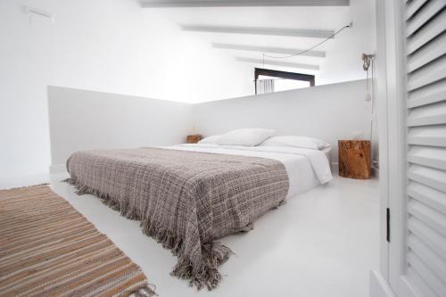 Estudio Deluxe con cama grande - Uso individual Akassa Alojamientos Bioclimaticos en las Hurdes 3