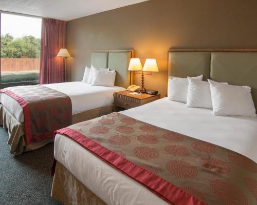 Rodeway Inn & Suites Shreveport Photo