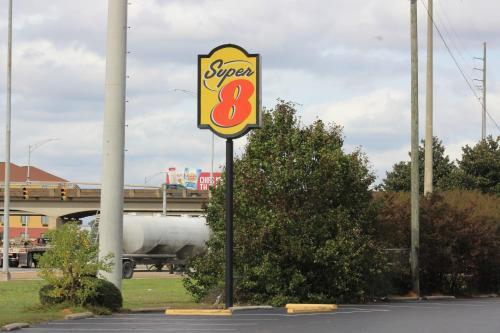 Super 8 Tuscaloosa Photo