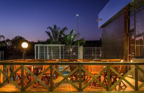 Ibis Porto Alegre Assis Brasil Photo