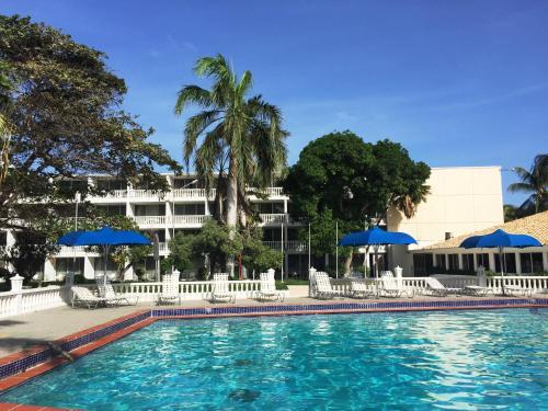 Holiday Beach Resort Hotel Curacao