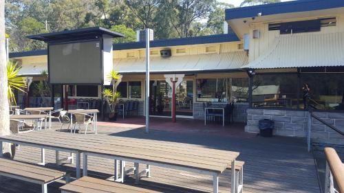 Wisemans Inn Hotel Wisemans Ferry In Australia