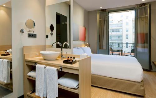 Hotel Àmbit Barcelona photo 27
