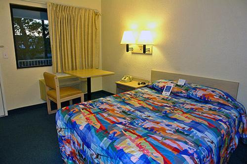 Motel 6 Monroe - Monroe, LA 71203