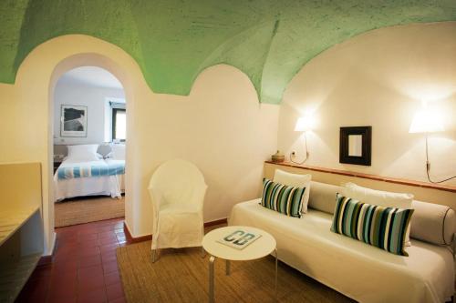 Superior Double Room Mas Falgarona 8