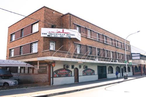 Troyeville Hotel Photo