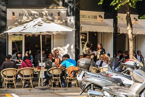 Habitat Apartments Batlló photo 18