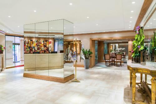 hotel plaza h tel 12 avenue de verdun 06000 nice adresse horaire. Black Bedroom Furniture Sets. Home Design Ideas