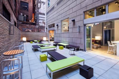 Aloft Manhattan Downtown - Financial District photo 8