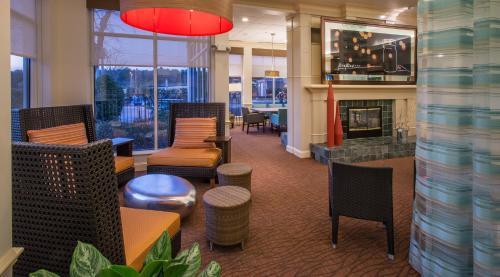 Hilton Garden Inn Huntsville - Huntsville, AL 35805