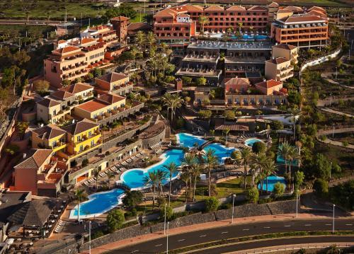 Urbanización Mirador del Duque, 38679 Costa Adeje, Tenerife, Spain.