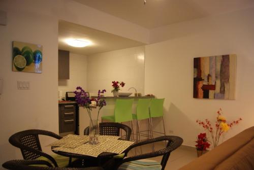 Ocean Two Apartment 3B Photo