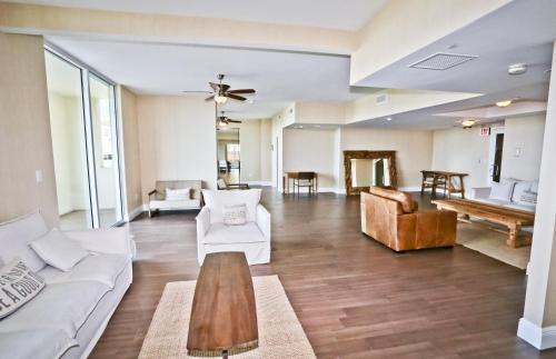 Brickell Apartments At One Broadway - Miami, FL 33130