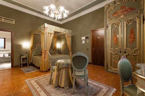Hotel Al Ponte Mocenigo photo 17
