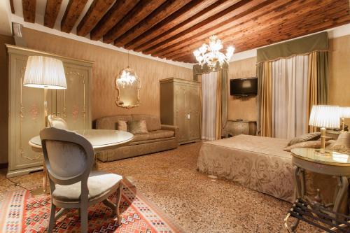 Hotel Al Ponte Mocenigo photo 24