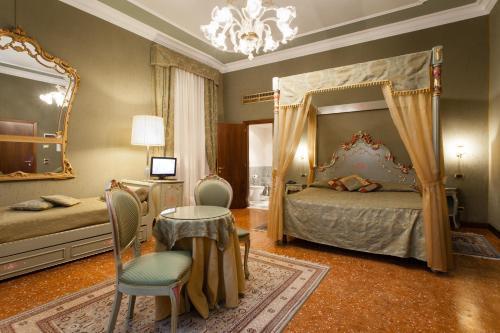 Hotel Al Ponte Mocenigo photo 25