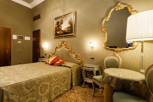 Hotel Al Ponte Mocenigo photo 35