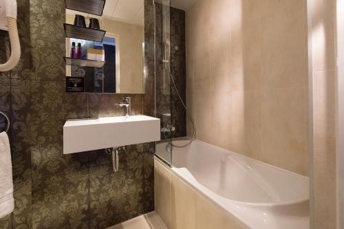Hotel Design Sorbonne photo 12