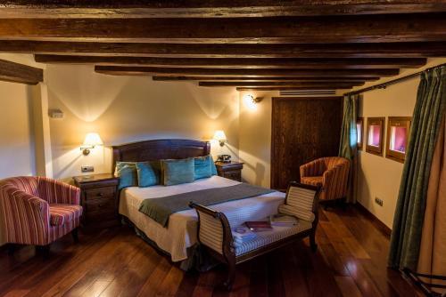 Habitación Doble con bañera Hotel Villa Retiro 8
