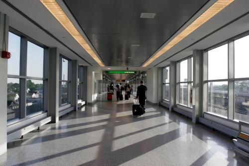 Radisson JFK Airport Photo