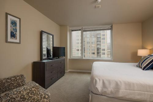 North Western Avenue Apartment By Stay Alfred - Seattle, WA 98121
