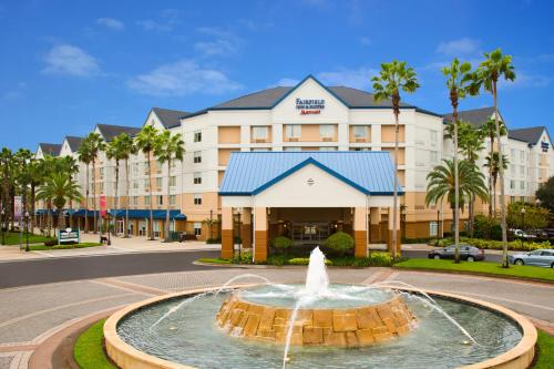 Fairfield Inn & Suites by Marriott Orlando Lake Buena Vista in the Marriott Village impression