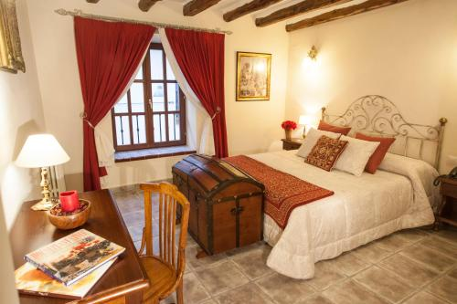 Double Room - single occupancy Hotel Rural Masía la Mota 6