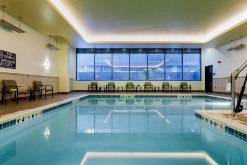 Hilton Garden Inn Seattle Downtown - Seattle, WA 98101