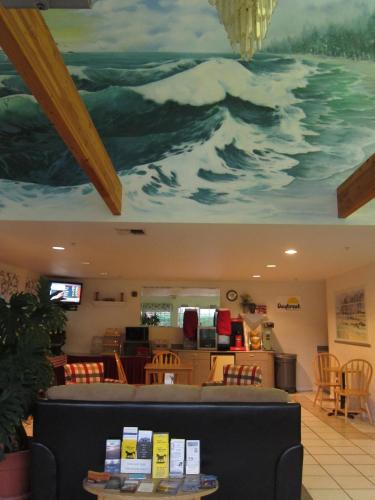 Days Inn Ocean Shores Photo