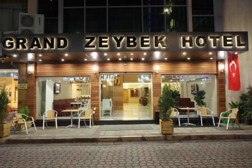 Izmir Grand Zeybek Hotel tek gece fiyat