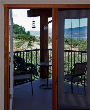A Loft With A View - Kelowna, BC V1W 4B3