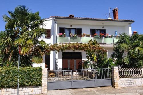Apartment Porec, Mirna River 12