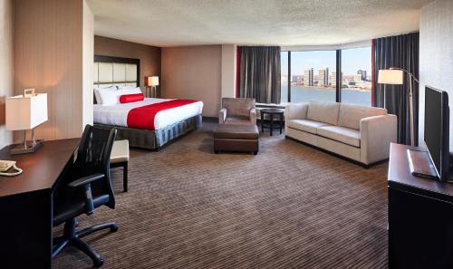 Best Western Plus Waterfront Hotel - Windsor, ON N9A 5K4
