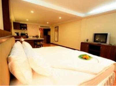 Kamala Sea View Hotel