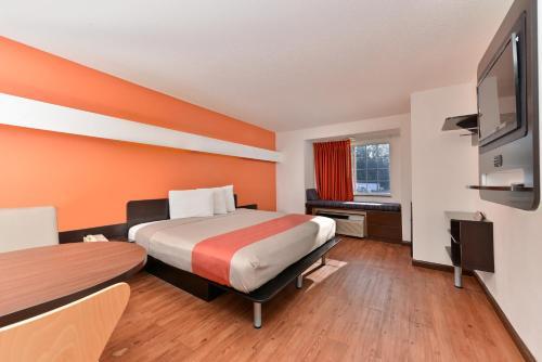 Motel 6 Richburg