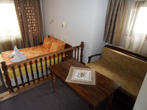 Family Hotel Nadejda