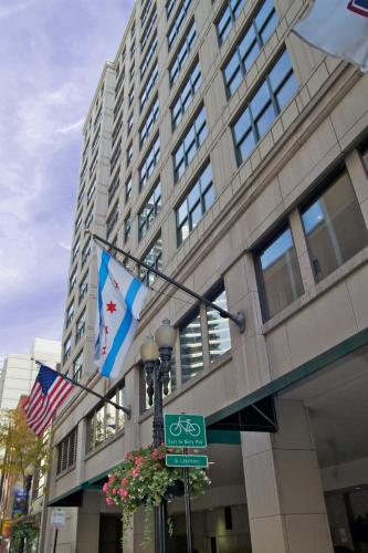 Hampton Inn And Suites Downtown Chicago - Chicago, IL 60654