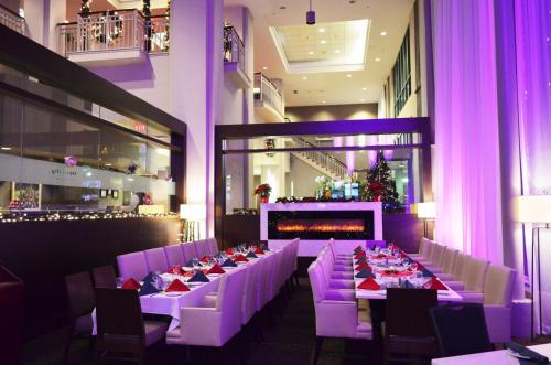 Executive Plaza Hotel Coquitlam