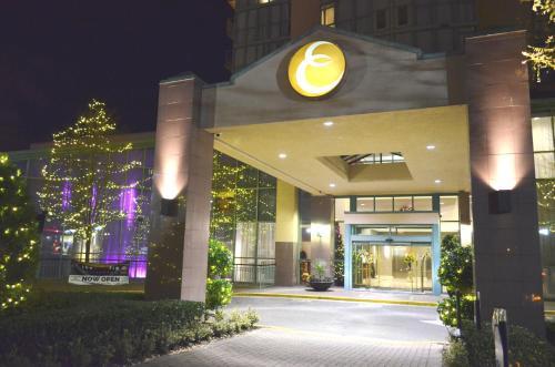 Executive Plaza Hotel Coquitlam - Coquitlam, BC V3K 3V9